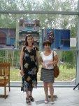 Farkas Krisztina és Nagyné Antal Anikó az Ustroni kiállításon