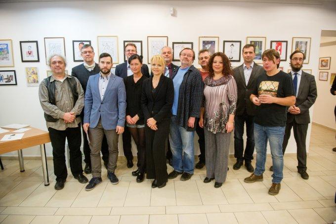 Prága5-ből érkezett karikatúristák kiállítása az Újbuda Galériában