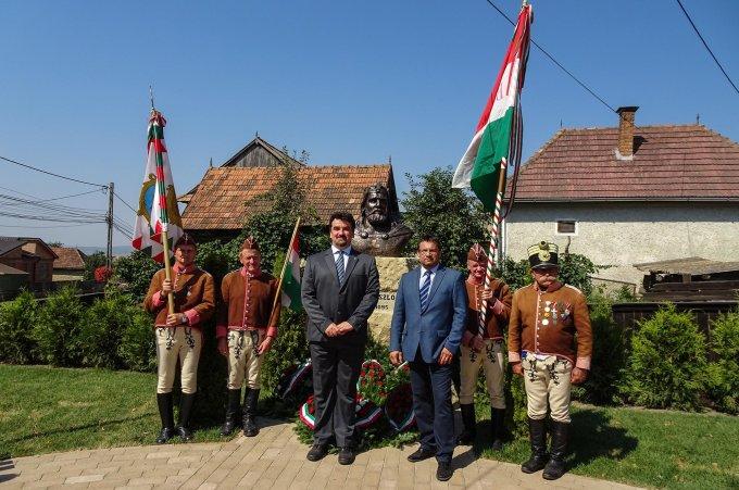 Ludányi Attila és Görög András képviselők