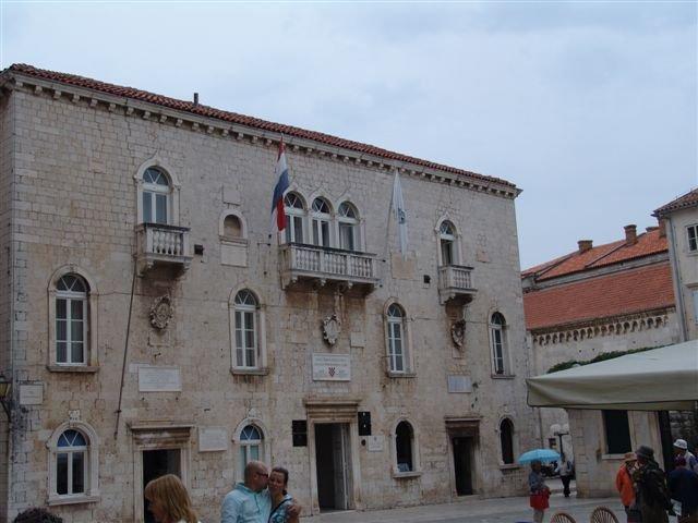 Városháza a Fő téren
