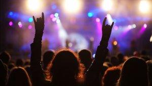 Pop-, rock-, dzsessz- és folkkoncertek karácsonytól az újévig