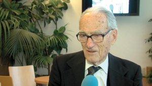 87 éves rejtvényfejtő bajnokot avatott a kerület