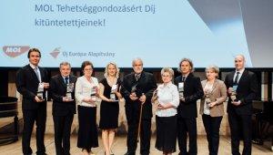 Tehetséggondozásért kapott díjat a ciszterci gimnázium tanára